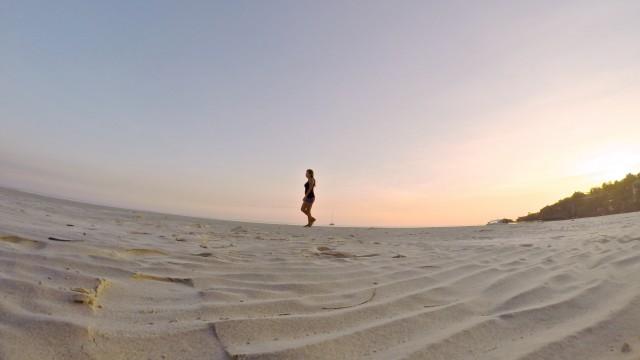 カモテス島ビーチ