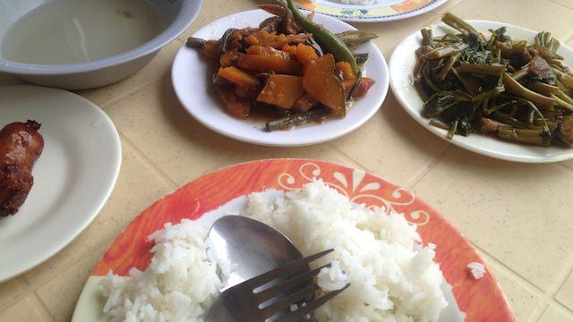 フィリピン食堂カレンデリア