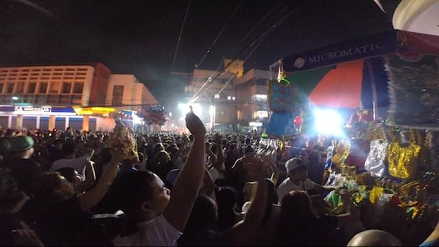 シヌログ祭りセブ