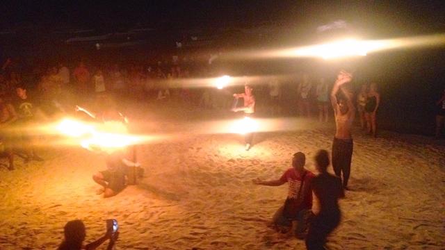 アロナビーチ ファイアーダンス