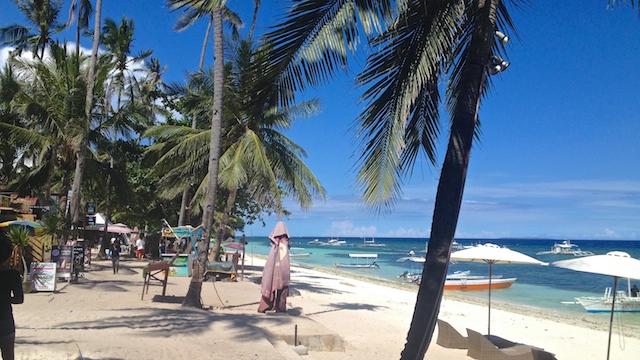 フィリピン アロナビーチ ホテル