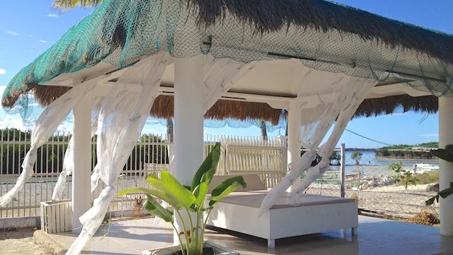 オランゴ島リゾート