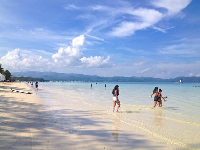 フィリピンボラカイ島のホワイトビーチ