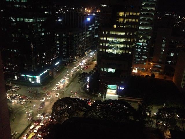 ブルーエレファントから眺めるセブ市内の夜景