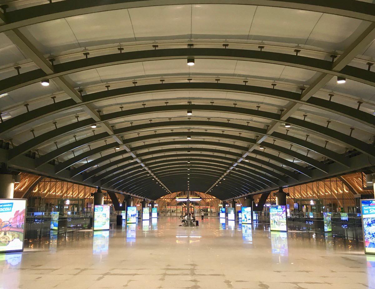 フィリピン(マクタンセブ空港)出国手続きで徴収される空港利用料(出国税)