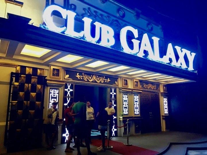 ボラカイ島の夜遊びスポットクラブギャラクシー(CLUB GALAXY)
