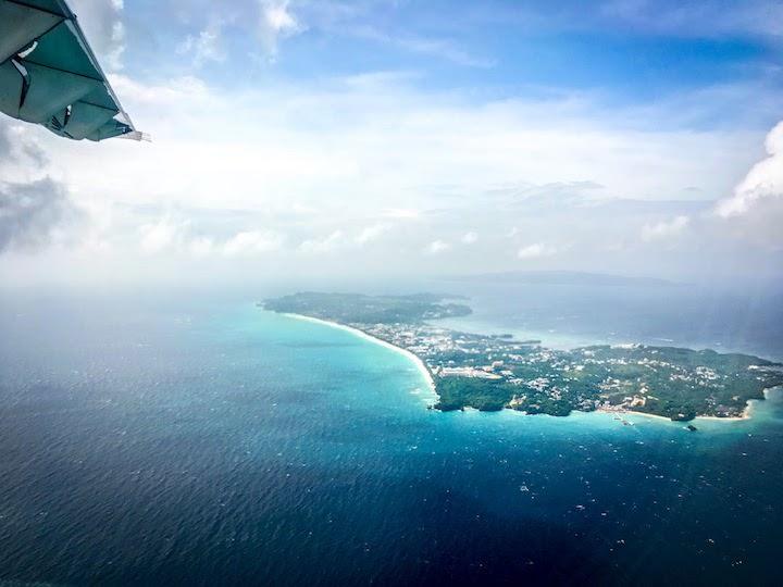 ボラカイ島を見下ろしながらエルニドへ向けて移動