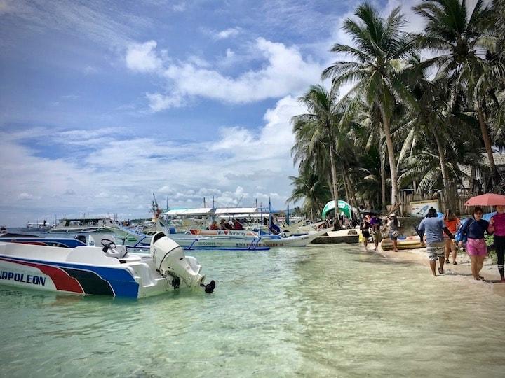 ボラカイ島で現地の格安アイランドホッピングツアーに参加