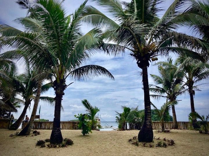 ボラカイ島周辺のビーチ