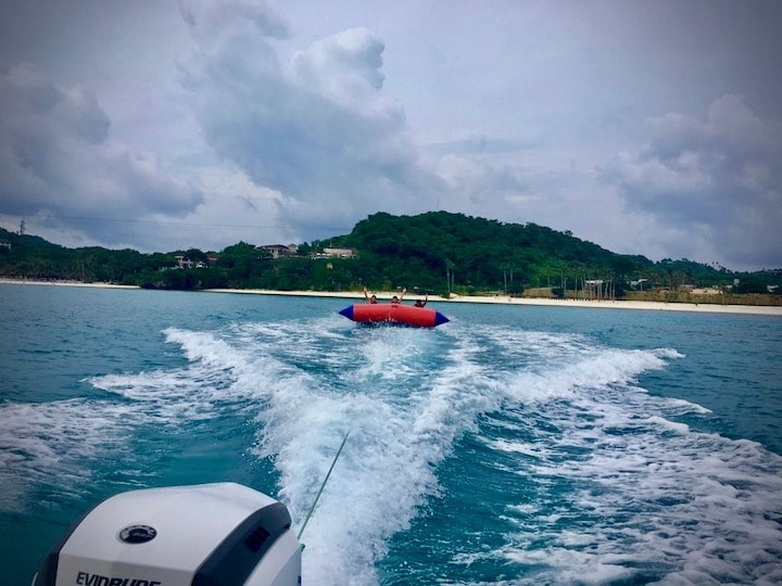 ボラカイ島のアクティビティフライングフィッシュ