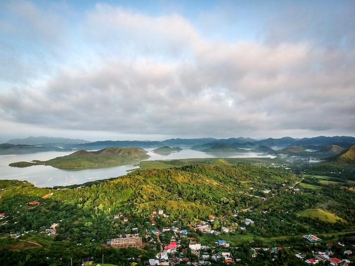 フィリピン・パラワン州「コロン島(ブスワンガ島)」の場所