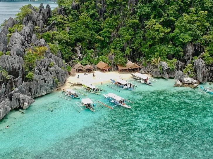 【予算別】フィリピン・コロン島のおすすめ宿泊エリア【安宿・中級ホテル・高級リゾート】