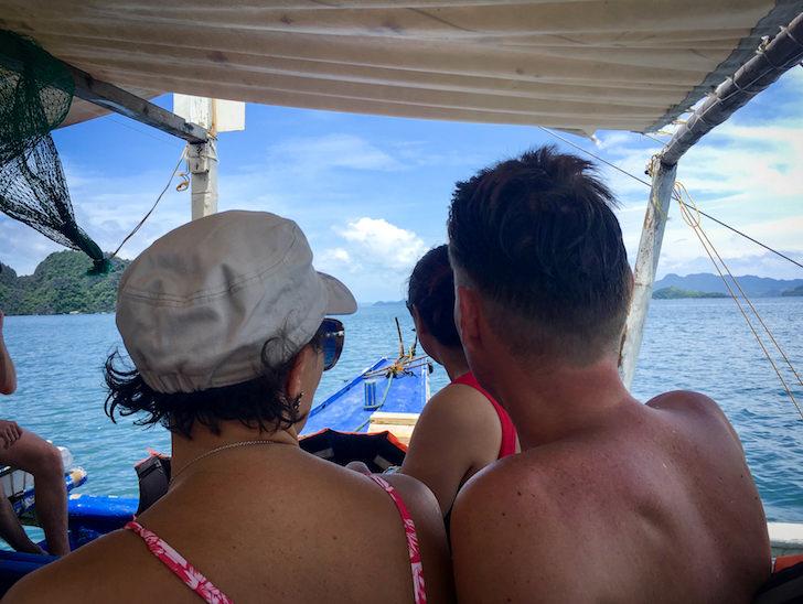 フィリピンのコロン島でアイランドホッピングツアー