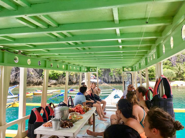 フィリピンの秘境エルニドでアイランドホッピング