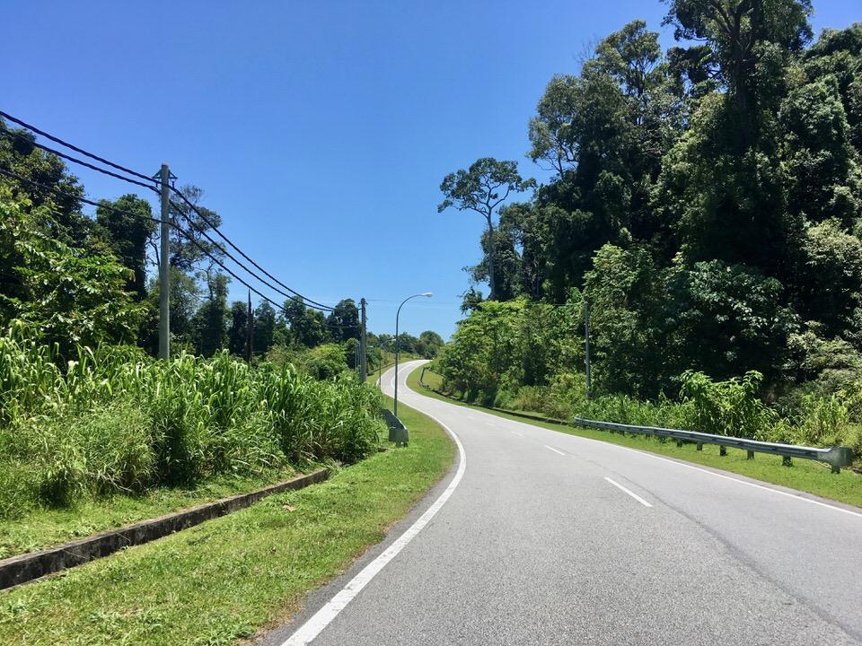 マレーシア・ランカウイ島内をレンタルバイクで散策ドライブ