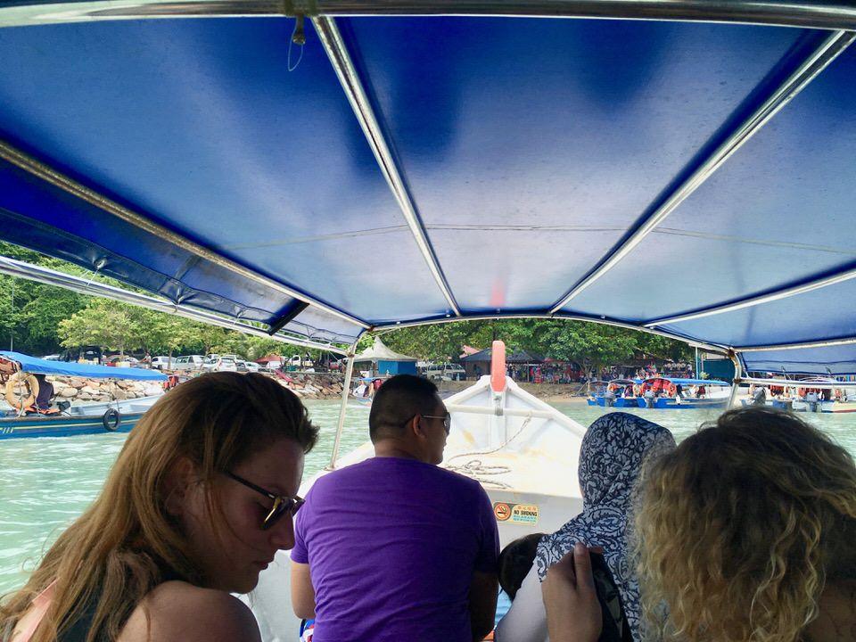 マレーシアのランカウイ島でアイランドホッピングツアー