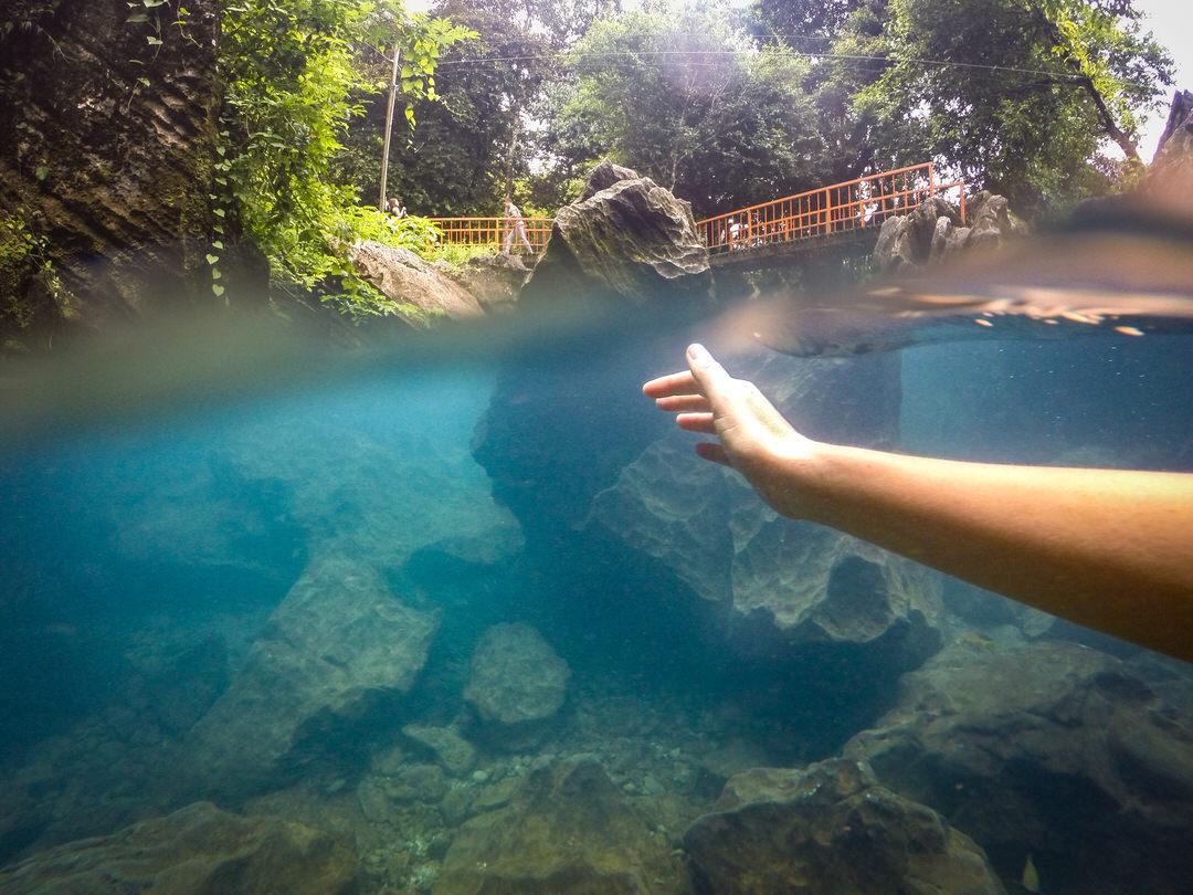 バンビエン穴場の鍾乳洞タムチャン