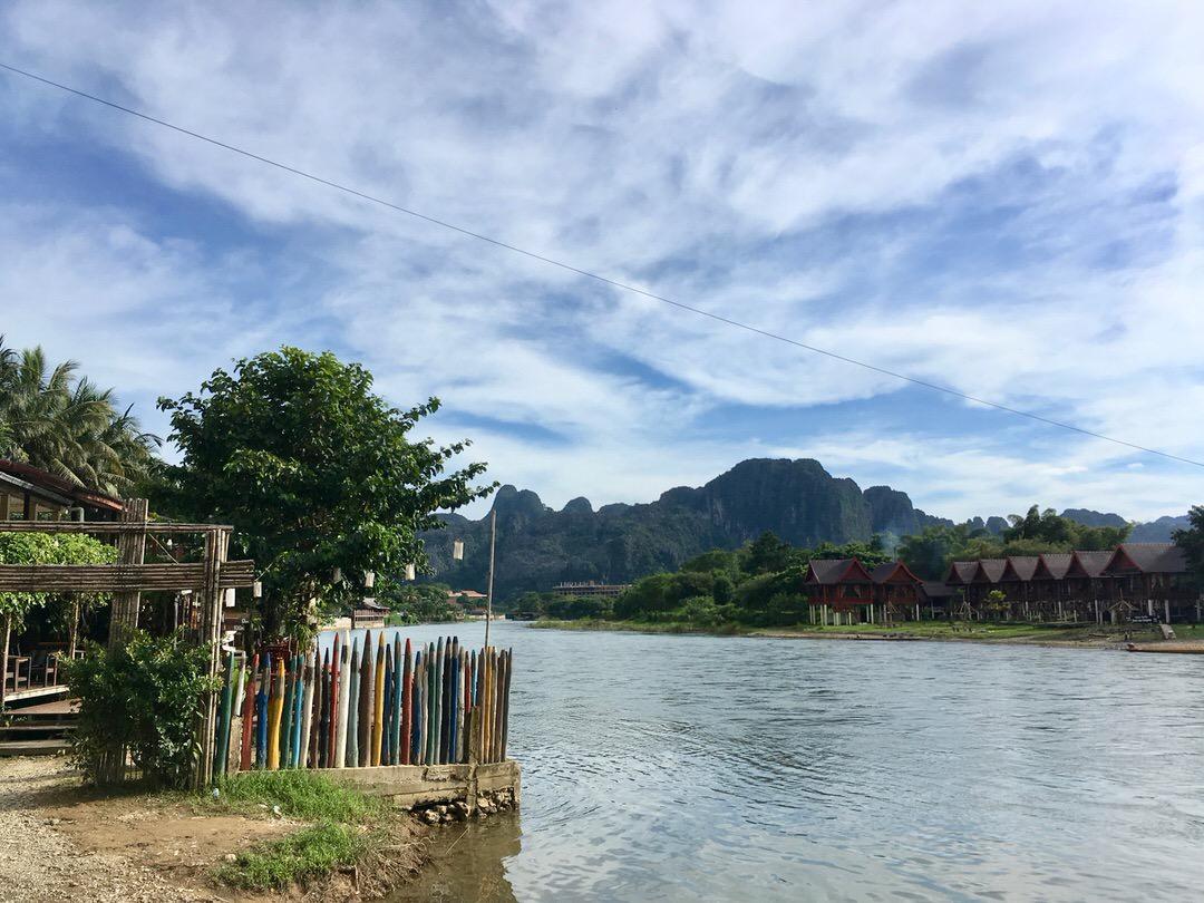 ラオスのバンビエンの美しい風景