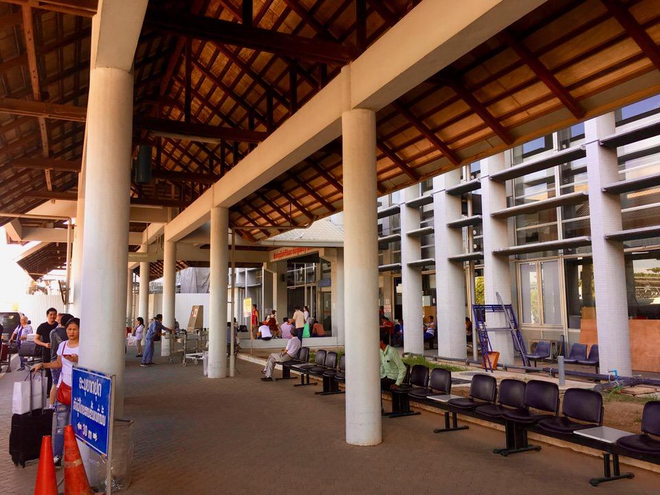 ラオスの首都ビエンチャンにあるワットタイ国際空港